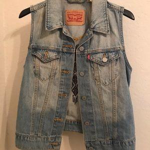 Levi's Denim Vest with design